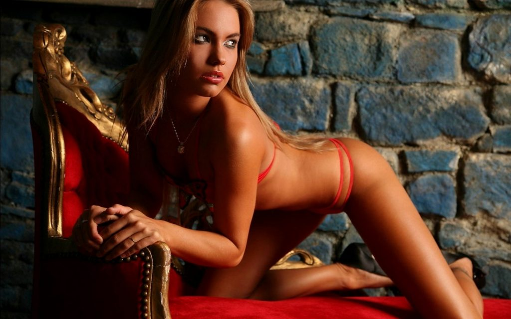 Escorts in London dating hot babes